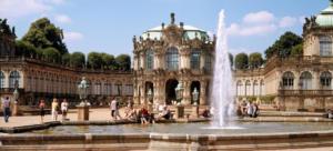 kopfbild Dresden Zwinger Innenhof Foto Dittrich